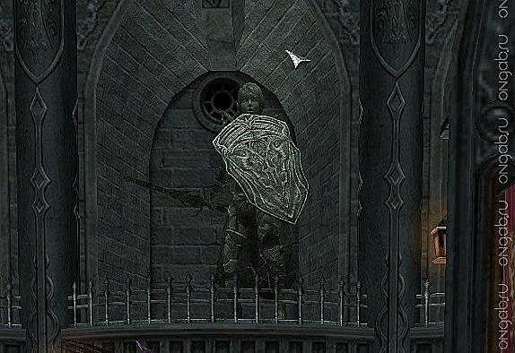 Статуя паладина