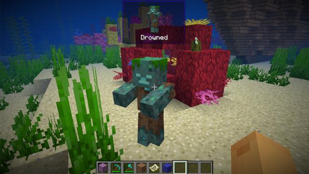 Надгробия, файлы и переносные ящики: три мода для Minecraft 1.13.2