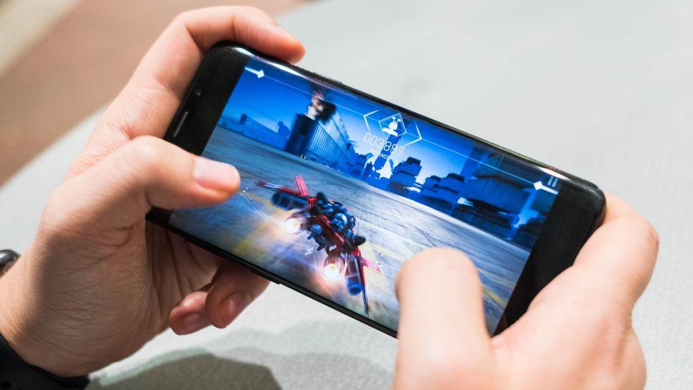 Топ-5 лучших игровых смартфонов по версии techradar.com (апрель 2021)